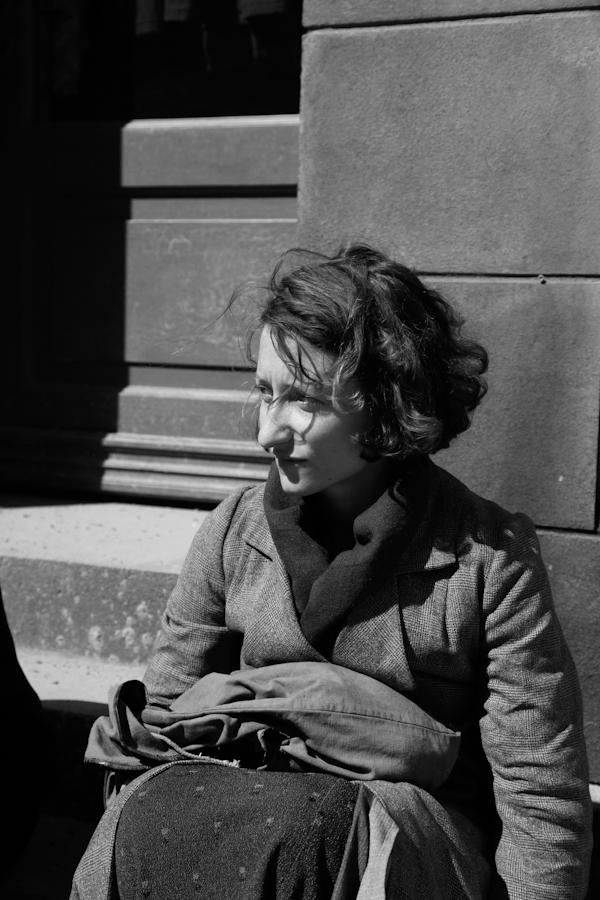 Frau auf der Strasse